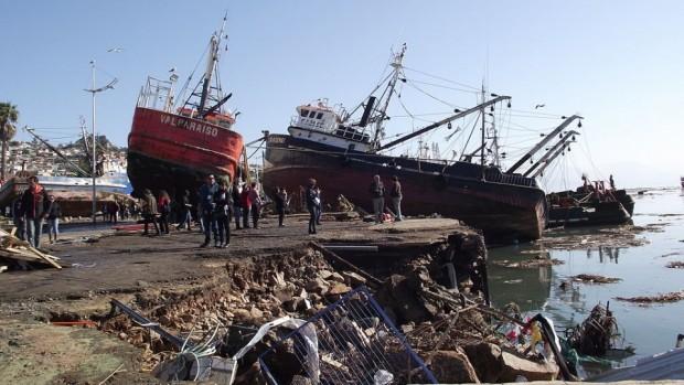 Embarcaciones_varadas_en_Coquimbo-960x623